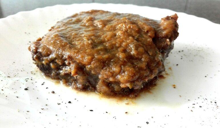 Brasato con salsa ai funghi porcini