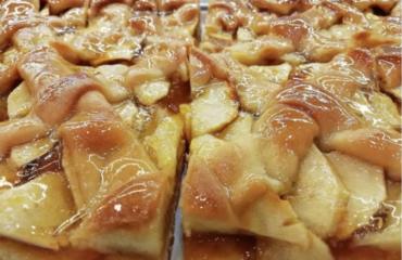 La torta di mele senza impasto né bilancia