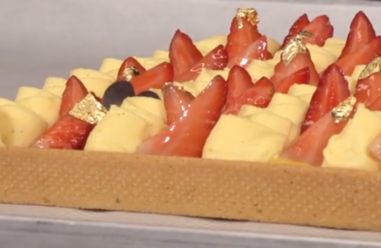 Crostata crema e Fragole di Igino Massari: il trucco per una pasta frolla friabile e una crema buonissima
