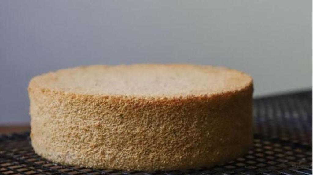 Pan di Spagna super veloce: soffice e pronto in pochissimi minuti