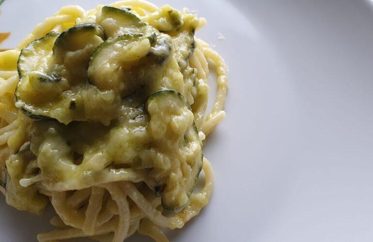 Spaghetti con zucchine alla Nerano