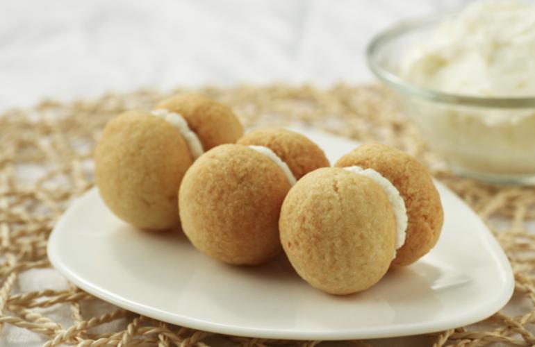 Baci di Dama salati, cremosi e facili da preparare: per aperitivi super buoni e frizzanti