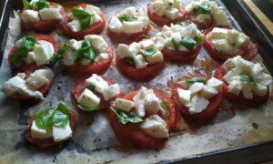 Pizzette di pomodoro
