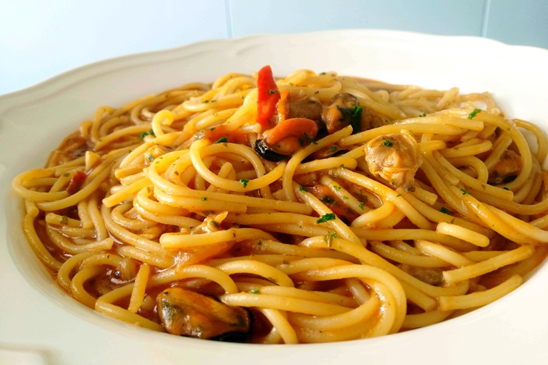 Zuppa di cozze vongole e fasolari